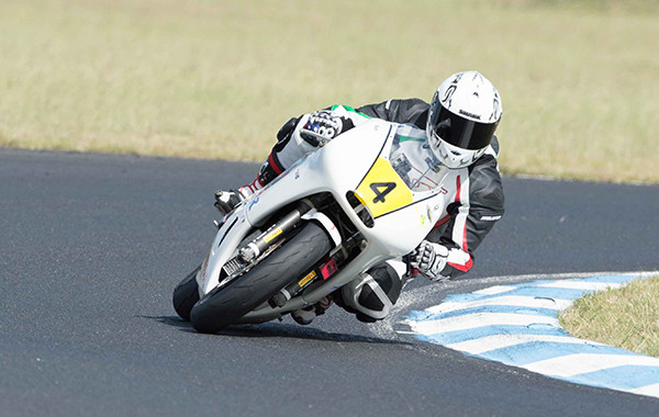 Supermoto and Formula 3 classes thrill at Morgan Park