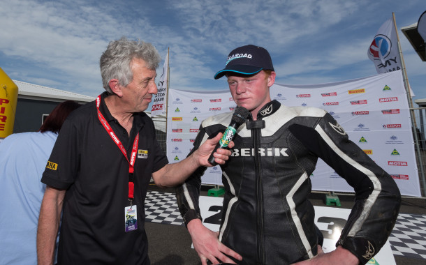Barton dominates Honda Moto 3 / 125GP, Sells takes Production thriller