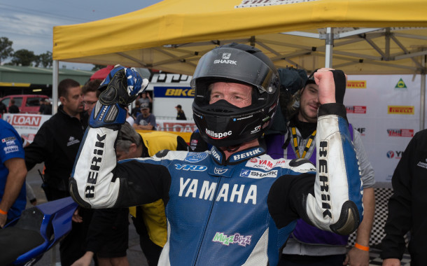 ASBK smash 2016 TV figures out of the park